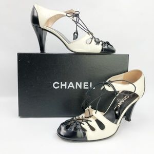 8b85821e41d5e7 Chanel Caged Spectator Ankle Wrap Shoes Pump CC 37